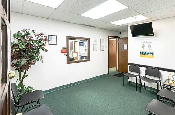Chiropractic East Columbus OH Reception Area