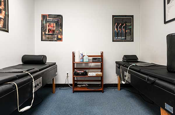 Chiropractic West Columbus OH Adjustment Room
